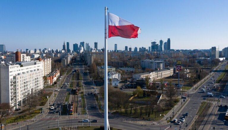 Polija un Ungārija iestājušās pret 'dzimšu līdztiesības' pieminēšanas ES līderu deklarācijā