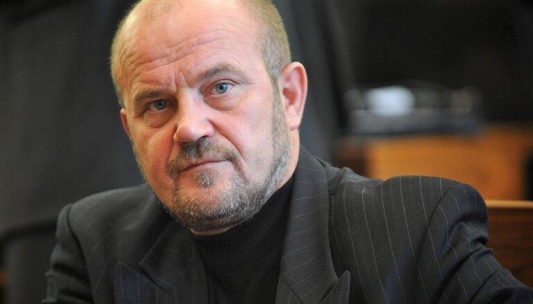 Депутат Адамсонс раскритиковал заискивание Латвии перед США