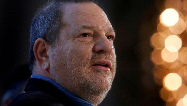Kinoproducentu Vainstīnu par seksuālu varmācību notiesā uz 23 gadiem cietumā