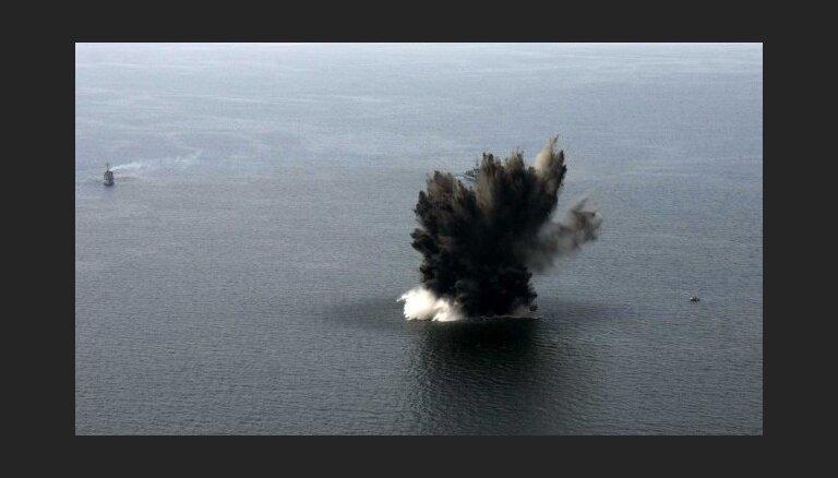 В операции по разминированию в Балтийском море обнаружено восемь мин