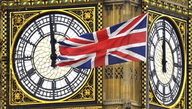 Briti varētu finansiālo palīdzību no Āzijas un Āfrikas novirzīt Baltijai