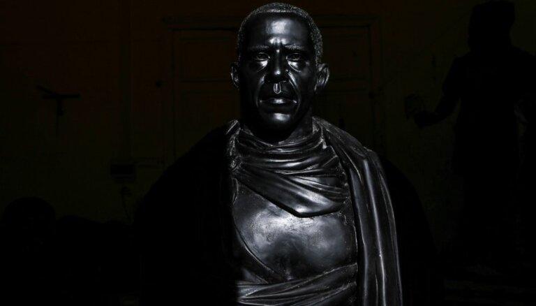 Putina - Romas imperatora autors izgatavojis arī Obamas skulptūru