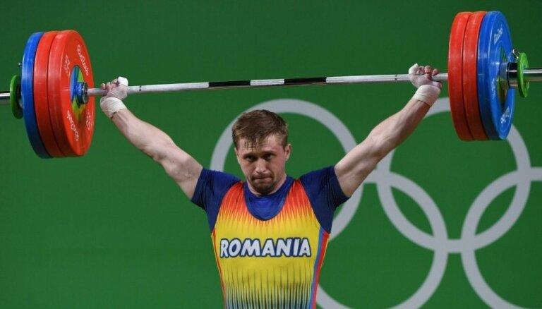 Dopinga dēļ rumāņu svarcēlājs Sinkrajans var zaudēt Rio izcīnīto medaļu un iegūt mūža diskvalifikāciju