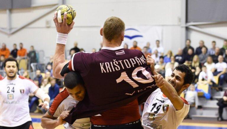 Latvijas handbola milzis Krištopāns par dzīvi un spēlēšanu Maķedonijā