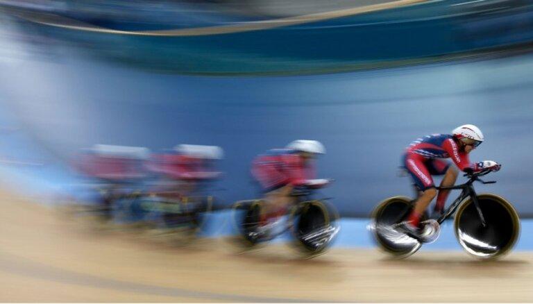 Pašnāvību izdarījusi trīskārtējā pasaules čempione treka riteņbraukšanā
