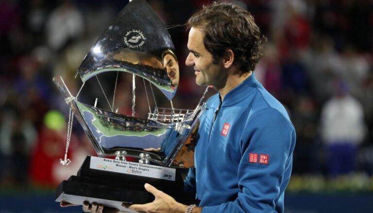 Federers izcīna karjeras 100. ATP titulu