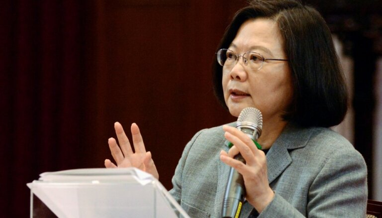 Taivānas prezidente mudina starptautisko sabiedrību aizstāvēt demokrātiju