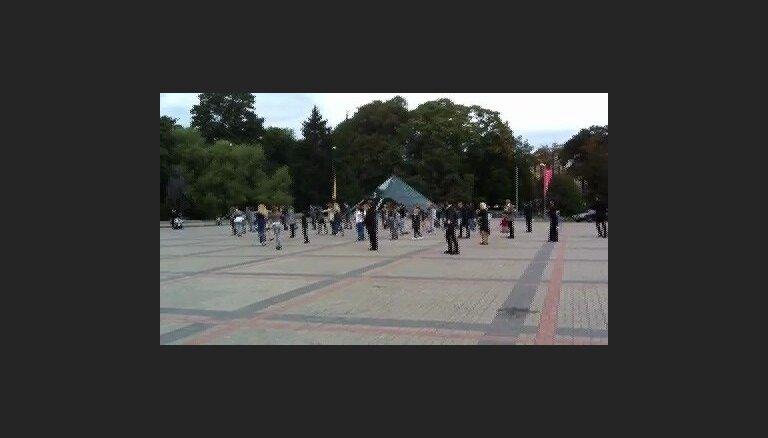 Flashmob pie Kongresu nama