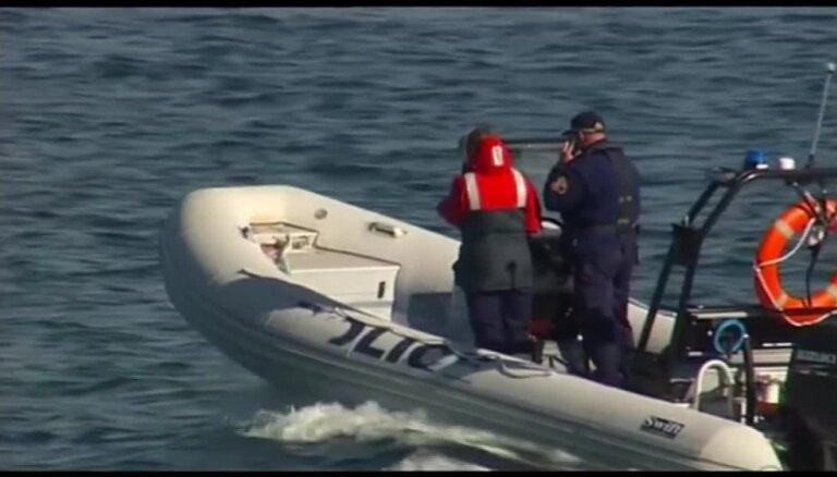 Austrālijā haizivs saplosījusi vīrieti viņa meitas klātbūtnē