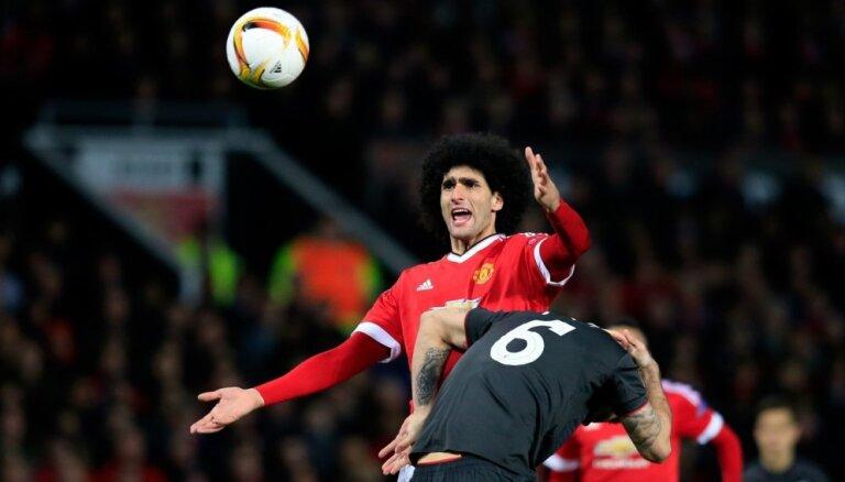 'Liverpool' pārspēj Mančestras 'United' un sasniedz Eiropas līgas ceturtdaļfinālu