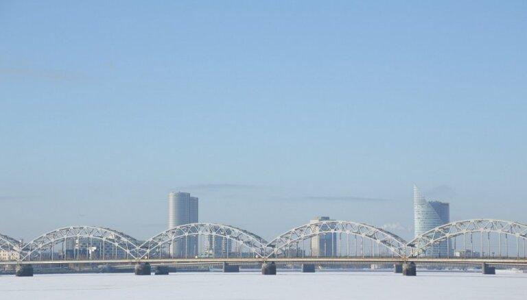 Joprojām atļauts atrasties uz vairāku Rīgas ūdenstilpju ledus