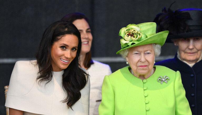 СМИ: Королева наказала Меган Маркл за тягу к роскоши и разозлила принца