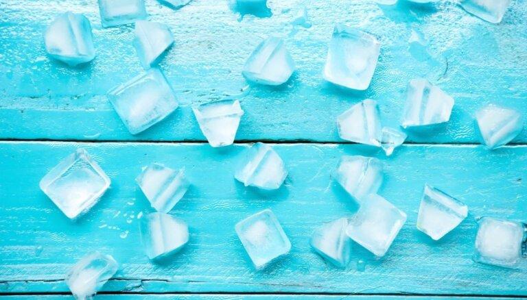Ne tikai kokteiļu atvēsināšanai! Atjautīgi knifi ledus pielietošanai mājas darbos