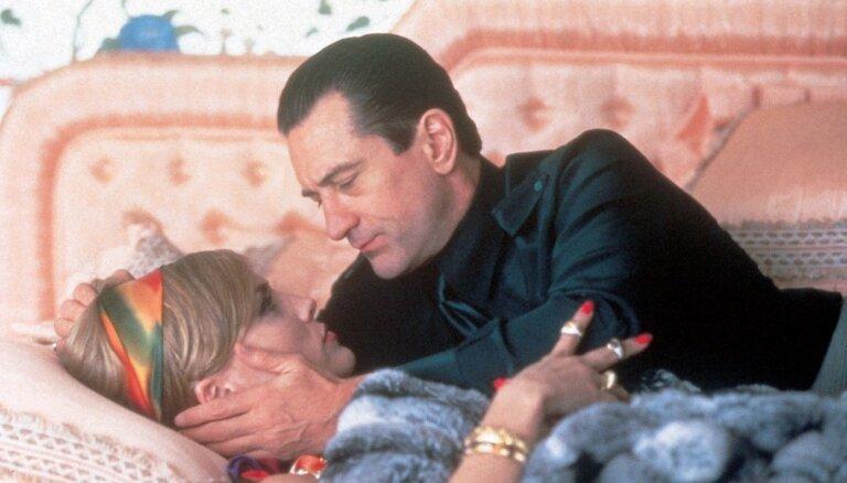Шэрон Стоун назвала Де Ниро лучшим партнером по поцелуям