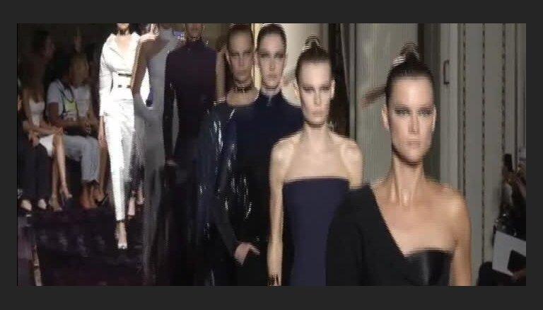 Parīzes modes nedēļa - Versace modes nama kolekcija