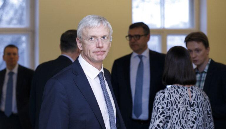 Кариньш: отмена КОЗ в конце марта обошлась бы Латвии в миллиард евро