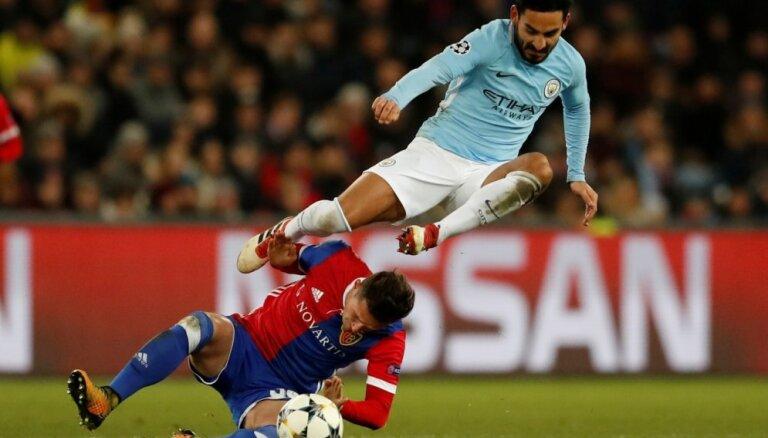 Mančestras 'City' izcīna pārliecinošu uzvaru Bāzelē; 'Hotspur' cīnās neizšķirti ar 'Juventus'