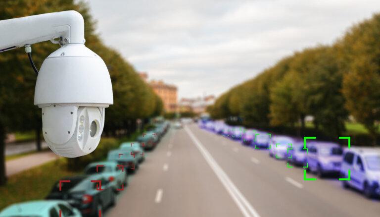 Fotoradariem naudas nav – rosina ar meteostacijām fiksēt autobraucēju pārkāpumus