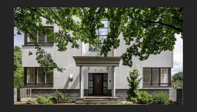 Foto: 730 tūkstošus vērtā māja, kurā dzīvoja slavenais lietuviešu basketbolists Sabonis