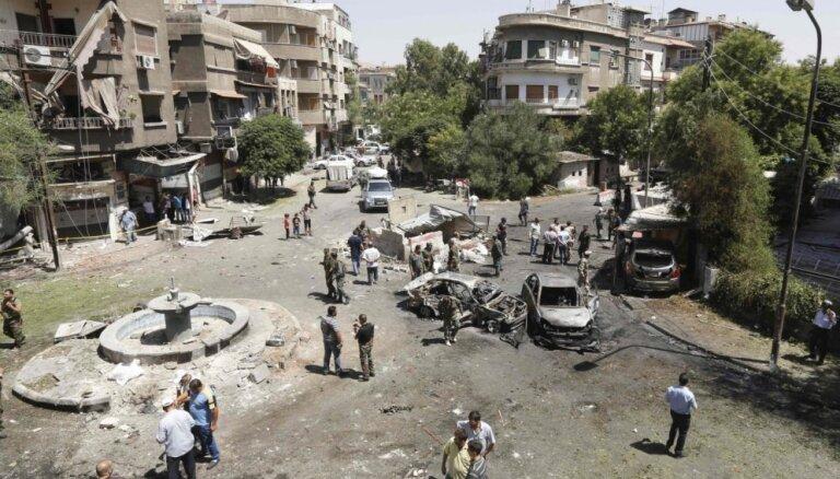 Automašīnas sprādzienā Damaskā vismaz astoņi nogalinātie