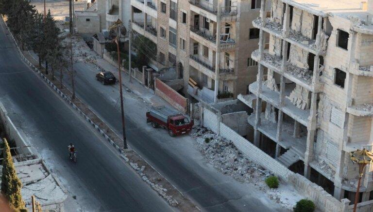 Лавров сообщил о свободном выводе повстанцев из буферной зоны в Сирии