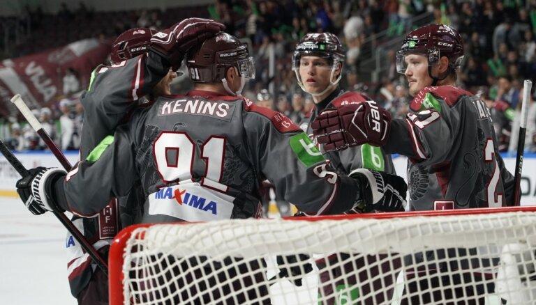 Girgensons atgriežas ar diviem vārtiem, Balcers dala piespēles, Latvija pieveic Norvēģiju