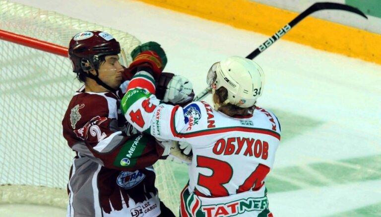 Rīgas 'Dinamo' savā laukumā uzņem divkārtējo KHL čempionvienību 'Ak Bars'