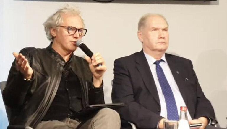 Video: Pauls Timrots ar skarbiem piemēriem skaidro absurdu ceļu projektēšanā