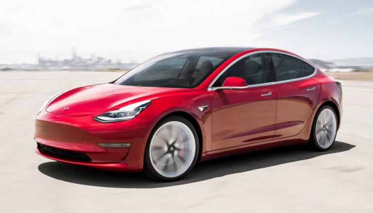 Tesla понизит цены на все свои модели