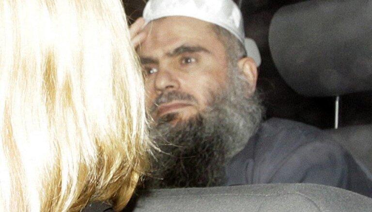 Lielbritānijā no cietuma atbrīvots bin Ladena 'labā roka Eiropā'