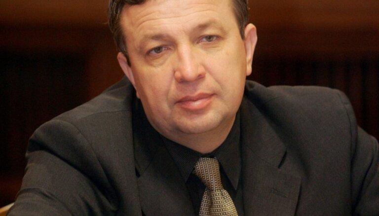 Pēc Orlova lūguma KNAB sācis pārbaudi par politiķim veltītajām 'viltus avīzēm'