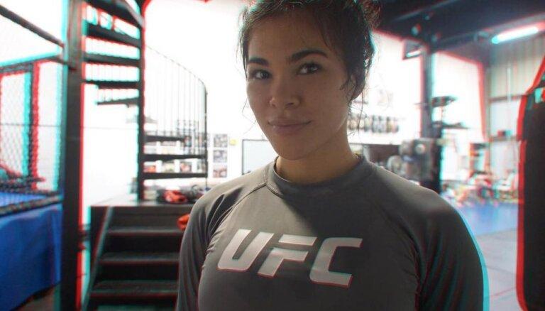 """""""Я задыхалась и кашляла кровью"""". Самая сексуальная девушка в UFC пострадала от побоев мужа"""