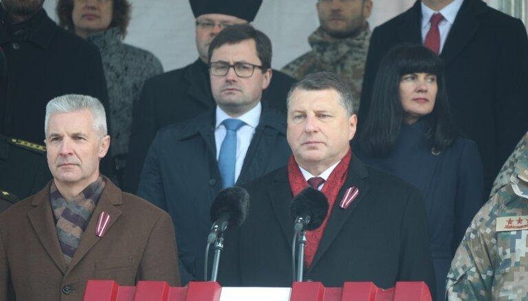 ФОТО: военный парад прошел в Екабпилсе, через год состоится в Даугавпилсе
