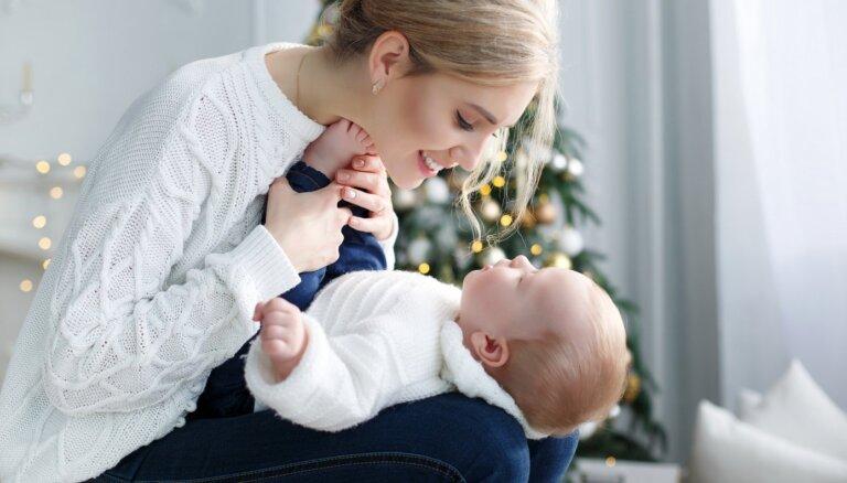 Rūpes par sevi ir arī rūpes par mazuli. Dūlas ieteikumi, kā neizdegt svētku laikā