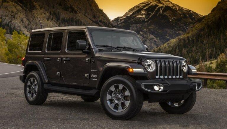 'Jeep' parādījis jaunās paaudzes 'Wrangler' modeli