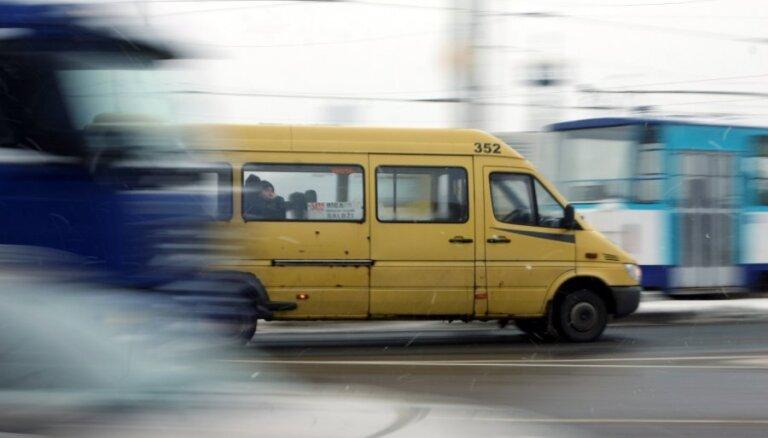 Маршрутки в Риге: маршруты поменяются, новые машины появятся весной