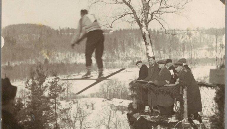 Ceļojums laikā: Tramplīnlēkšana, bobslejs un citi ziemas prieki pagājušā gadsimta sākumā Siguldā