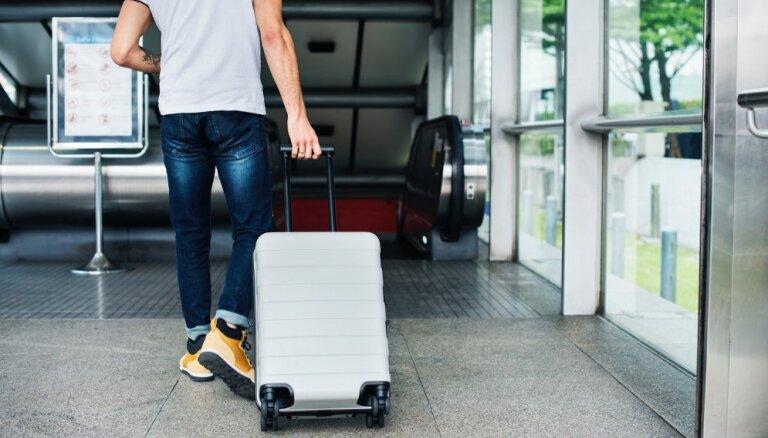 45% Latvijas iedzīvotāju šogad devušies ceļojumos ārpus valsts, liecina aptauja