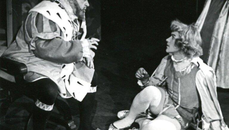 Arhīva foto: Liepājas teātrim – 110