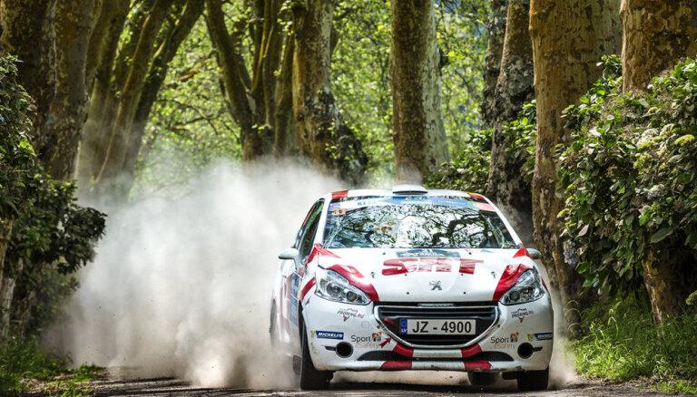 Video: 'SATA Rallye Acores' no junioru dalībnieku skatu punkta