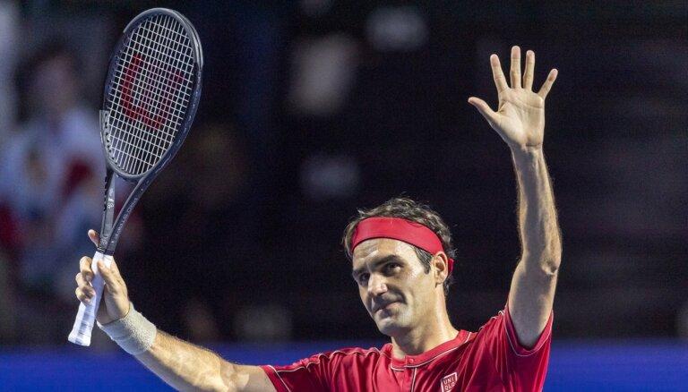 Federers ar uzvaru atzīmē karjeras 1500. spēli