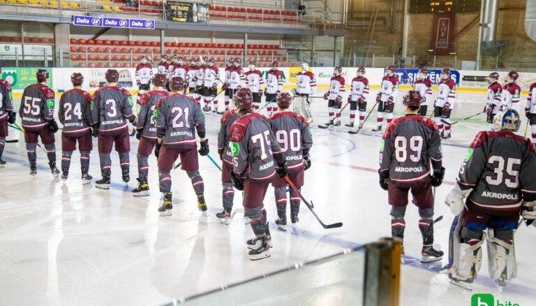 Latvijas hokeja izlase uz Slovākiju dosies 26 spēlētāju sastāvā