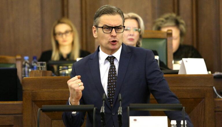 """""""Для развития/За!"""" решило, что Бондарс может не уходить с поста главы Бюджетной комиссии Сейма"""