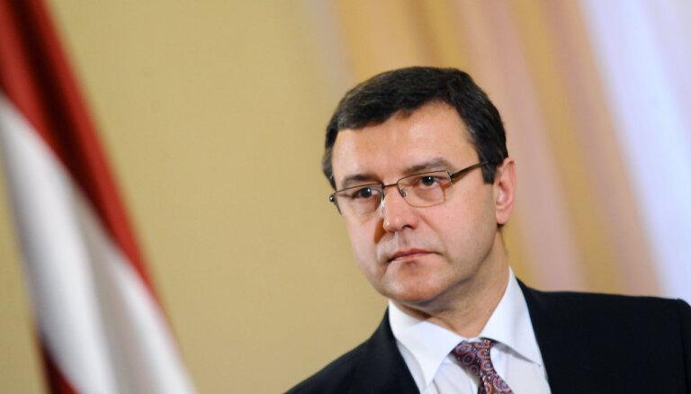 Рейрс: Латвия в состоянии выполнять свои обязательства и не жить в долг