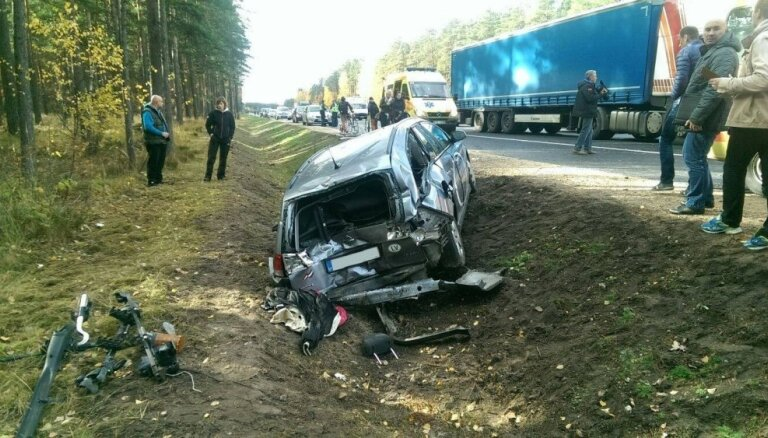 Garkalnes negadījumā cietušo riteņbraucēju skolai konstatē vairākus pārkāpumus