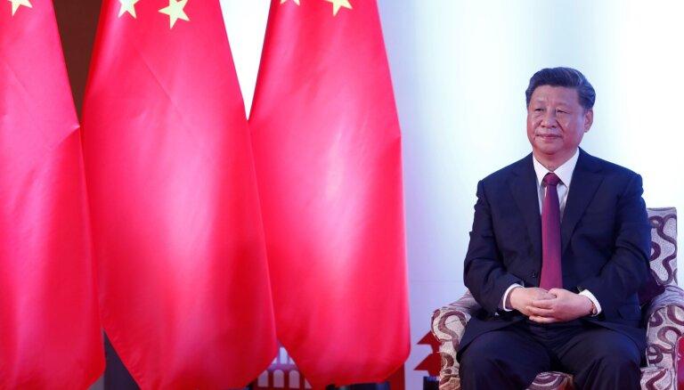 Mēģinājumi šķelt Ķīnu tiks satriekti, brīdina Sji