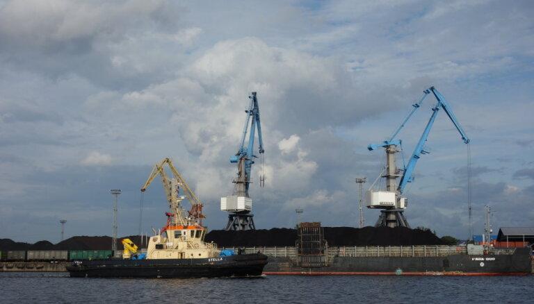 Latvijas ostās pērn pārkrauts mazāk kravu, Lietuvā un Igaunijā - vairāk