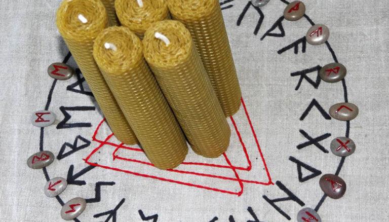 Septiņas rūnu formulas nāk talkā svētku maģijā