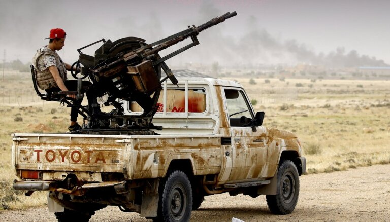 Karte: Haftara spēku uzbrukumā ANO atzītajai Lībijas valdībai krituši vismaz 264 cilvēki