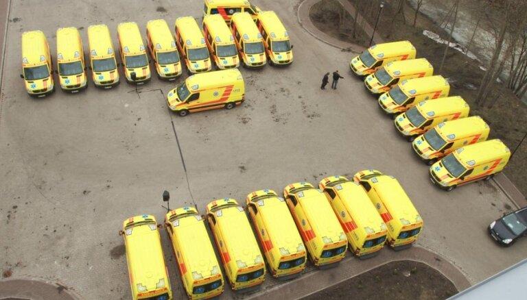 'Auto Blitz' atļauj par 3,5 miljoniem eiro piegādāt automašīnas 'ātrajiem'